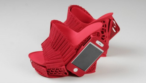 FF-iPhone-Mashup-Shoe-Alan-Nguyen-Freedom-Of-Creation-Red-Large