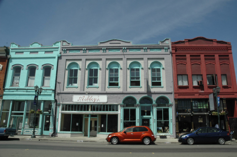 800px-Main_Street_Lakeport_CA