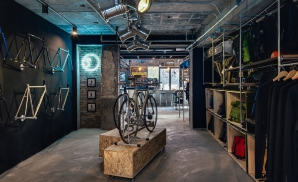 Factory-Five-Boutique-Fixed-Gear-Bycicle-Shop-by-Linehouse-Architects-Shanghai-China-02